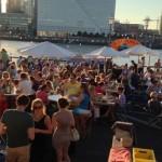 Pop-up restaurant A La Plancha dekt opnieuw de tafels aan de Rotterdamse Maas