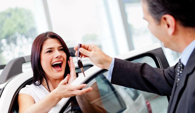 Waar kijken mannen en vrouwen naar bij het kopen van een