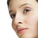 7 dingen die kunnen gebeuren als je stopt met make-up