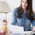 Niet werken om kinderen op te voeden is schadelijk voor de carrière van hoogopgeleide vrouwen