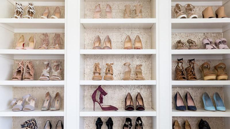 Schoenenkast In Stijl Design.5 Tips Om Je Schoenenkast Te Organiseren Women Online