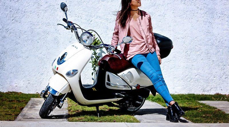 Geen auto? Misschien is een elektrische scooter iets voor jou!